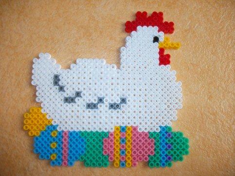 Perle Hama poule de Pâques  1