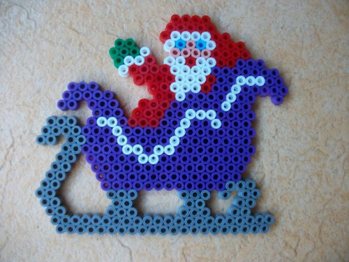 le père Noël  avec son traîneau 1