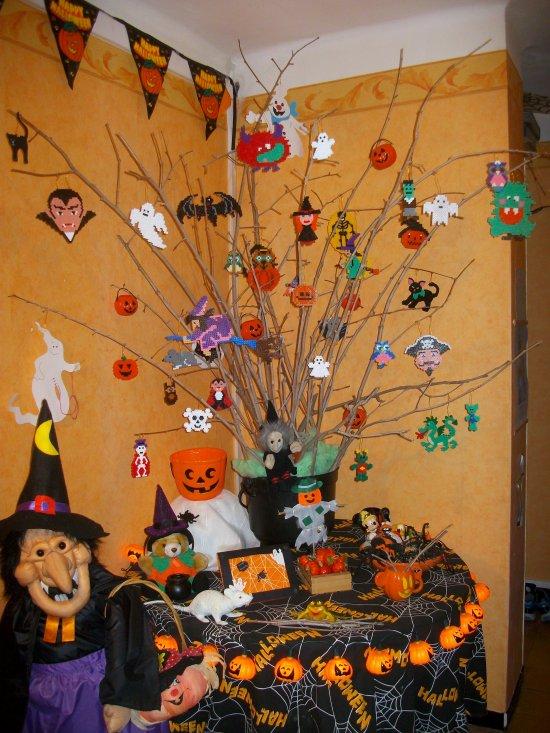 Perle Hama sorcière 2 + chat citrouille pour mon arbre Halloween