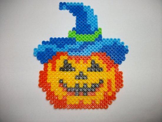 Perle hama citrouille 3 pour mon arbre d' Halloween