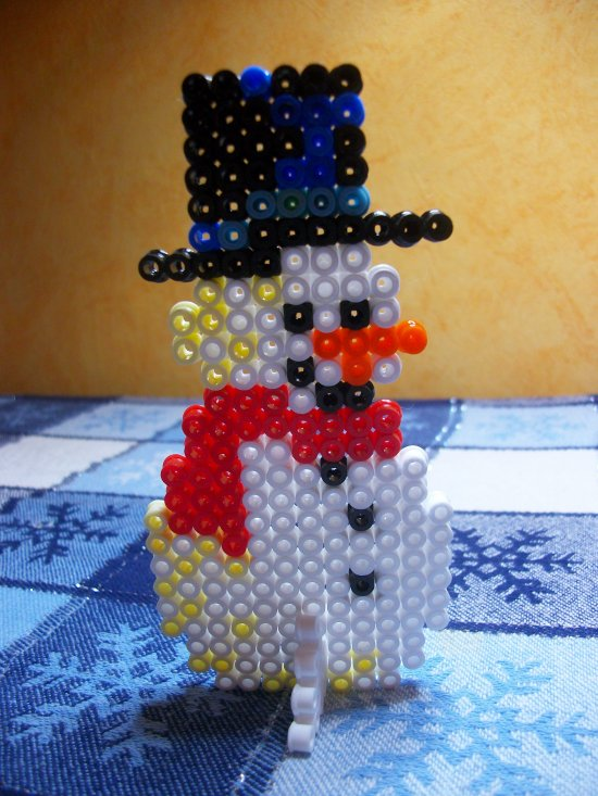 Bonhomme de neige 2 en perles hama