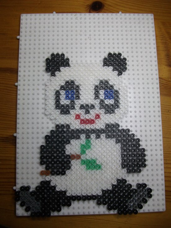 Panda en perles hama blog de mes petites creations 13 - Model perle a repasser ...