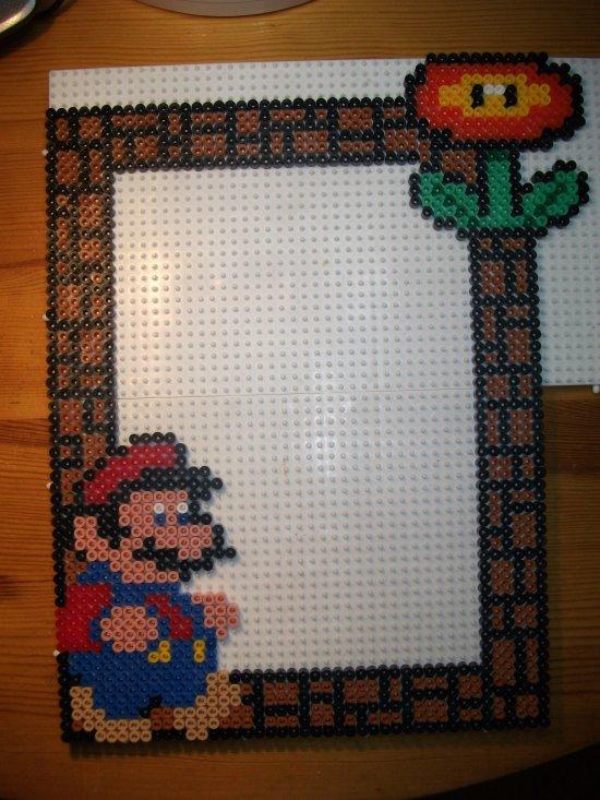 Cadre photo Mario en perle hama