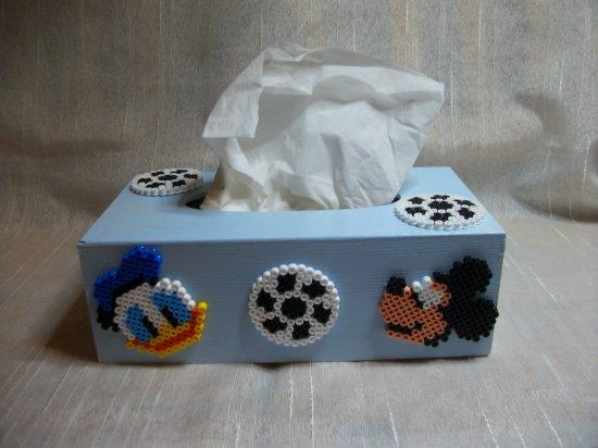 Boite a mouchoir Mickey  et Donald en perle hama