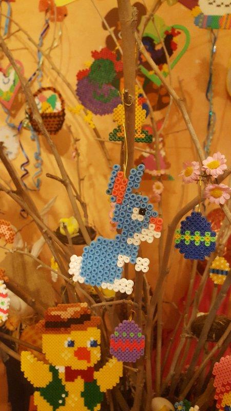Petit lapin bleu  en perle hama