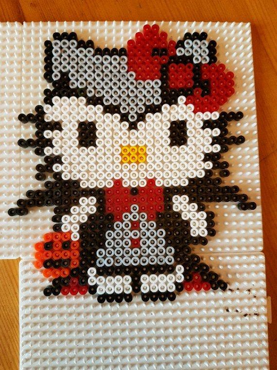 Hello Kitty en vampire en perle Hama..
