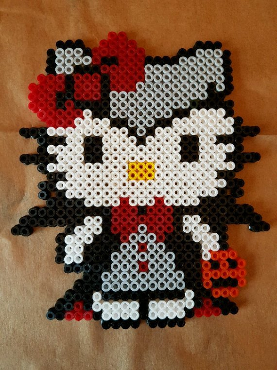 Hello Kitty en vampire en perle Hama