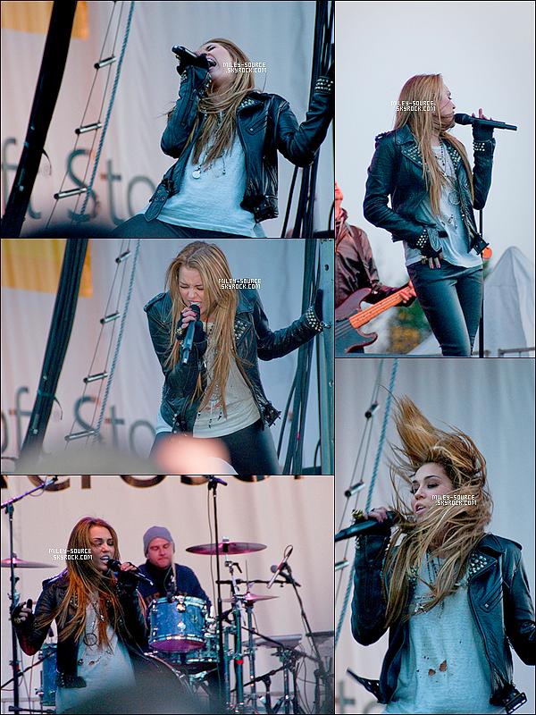 .    Le 20 Novembre Miley performait pour l'ouverture du Magasin Microsoft .. . Demain aurons  lieu les AMA alors , Soyez  au rendez-vous sur  MILEY-SOURCE pour les news !    .   .