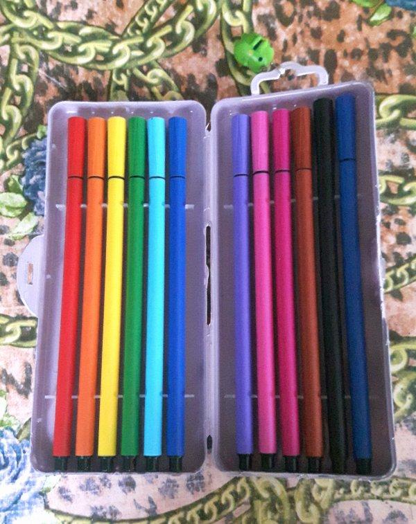 ☆ Étui à stylos ☆