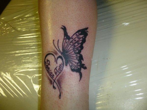 papillon sur la cheville