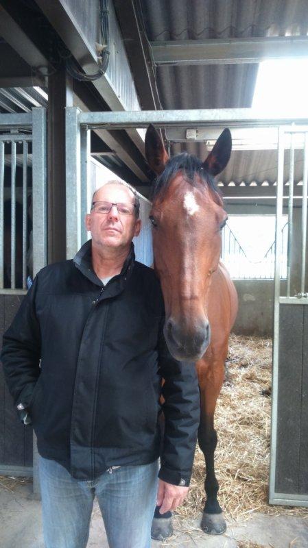 mon papa avec mon cheval