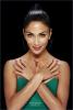 -- Nicole devient la nouvelle égérie de la marque de vernis Kiss --