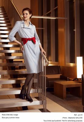 uniforme hotesse de l 39 air n 1 la tete dans les nuages. Black Bedroom Furniture Sets. Home Design Ideas