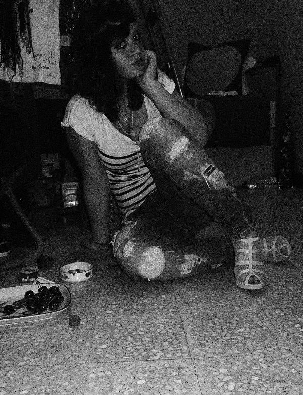 La vie te fume, ne croit pas qu' elle crapote ..