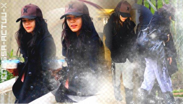 Vanessa Hudgens est partie de Los Angeles hier (8 janvier). Une limousine (heureusement que l'équipe du film paye) est venue la chercher chez elle pour l'emmener à l'aéroport LAX dans l'après-midi. La belle s'est envolée vers la Caroline du Nord pour continuer de filmer Journey 2 : The Mysterious Island.