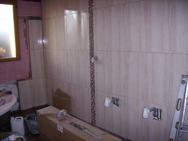 ---------------------------- SALLE DE BAIN ET WC --------------------------