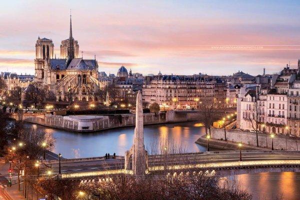 La statue de Ste Geneviève veillant sur Paris !