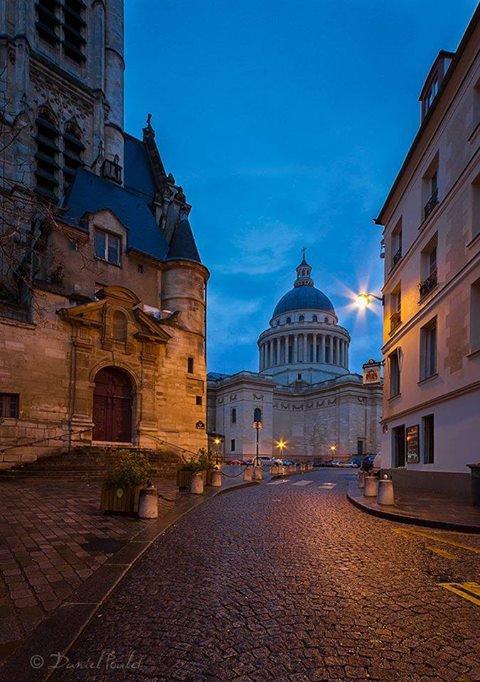 Le jour se lève sur le Panthéon !