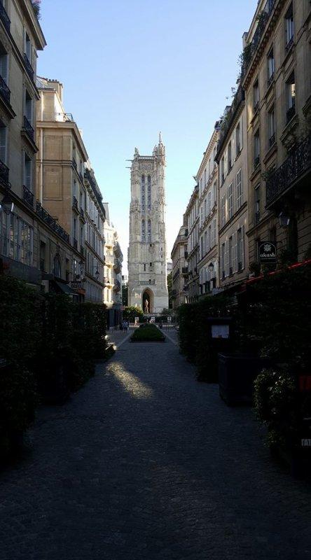 La tour Saint-Jacques !