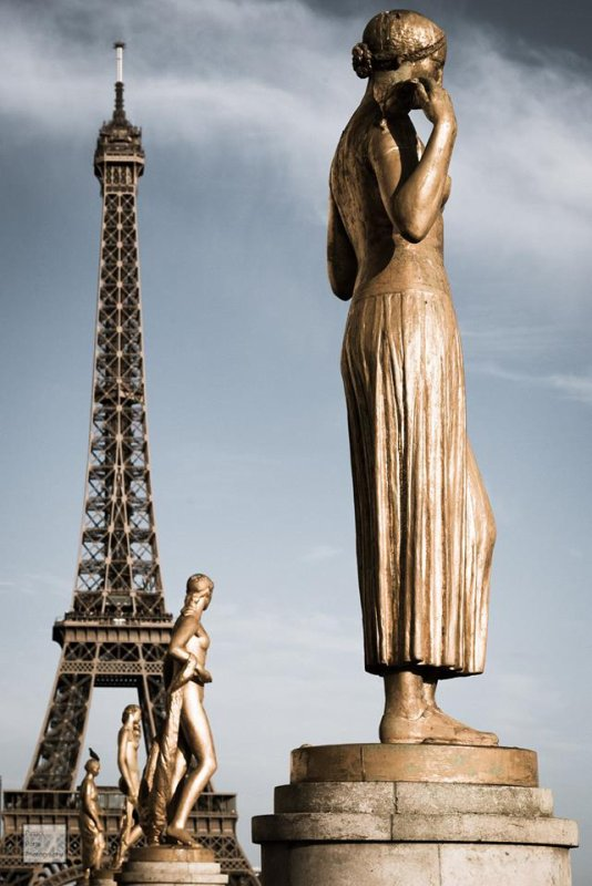 Sculptures sur l'esplanade du Trocadéro !!