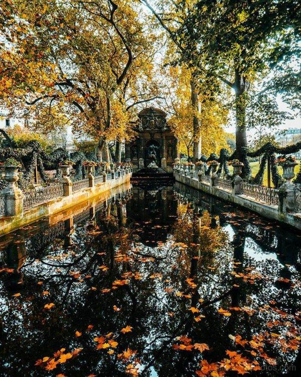 Paris : La fontaine Médicis au jardin du Luxembourg !