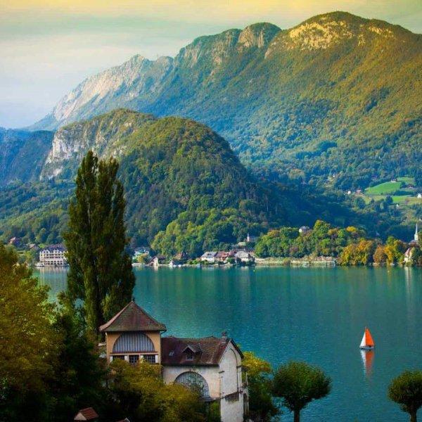 Le lac D'Annecy ; superbe !!!