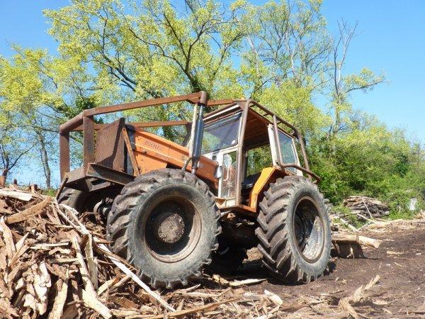 tracteur forestier someca