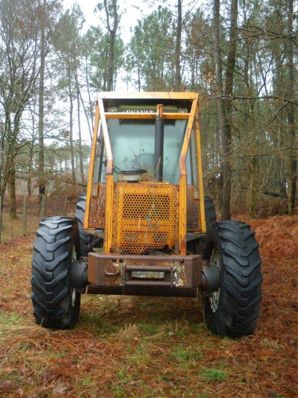 tracteur forestier renault