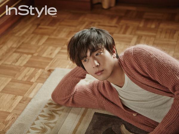 """사진   Jung Yonghwa du groupe CNBlue, pour """"InStyle""""  정용화"""