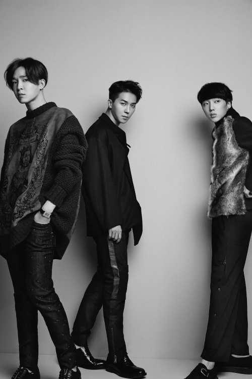 사진   Le groupe Winner  pose pour   ELLE  Korea     위너
