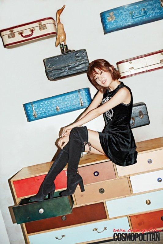 """사진  L'actrice Baek Jin Hee pour le magasine """"Cosmopolitan"""", Janvier 2015     백진희"""