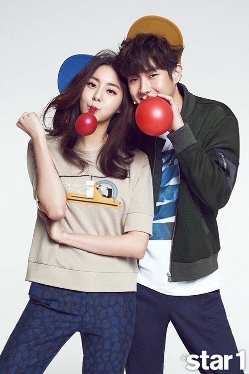 """사진    Les acteurs  Choi Woo Shik   &  Lee Soo Kyung  +  Uee  (membre du groupe  After school ) et  Seulong  (membre du groupe 2Am)posent pour le magazine """"Star1"""" (Février 2015)"""