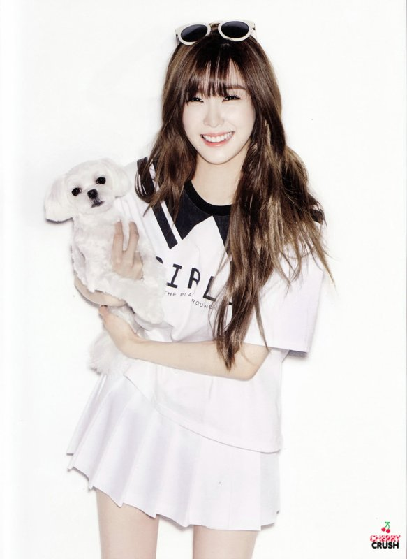 "사진   Tiffany (membre de Girls Generation) pose pour le magasine "" Oh Boy !""  티파니"