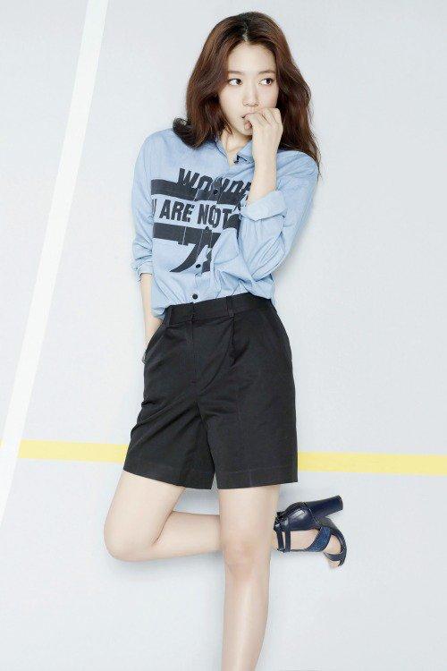 사진   L'actrice Park Shin Hye pour Agatha Paris  ainsi que pour Viki   박신혜