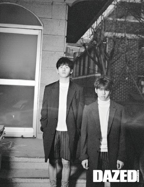 사진   Le duo INFINITE H, comprenant Dongwoo et Hoya  pour le magazine  Dazed and Confused  - mars 2015   인피니트