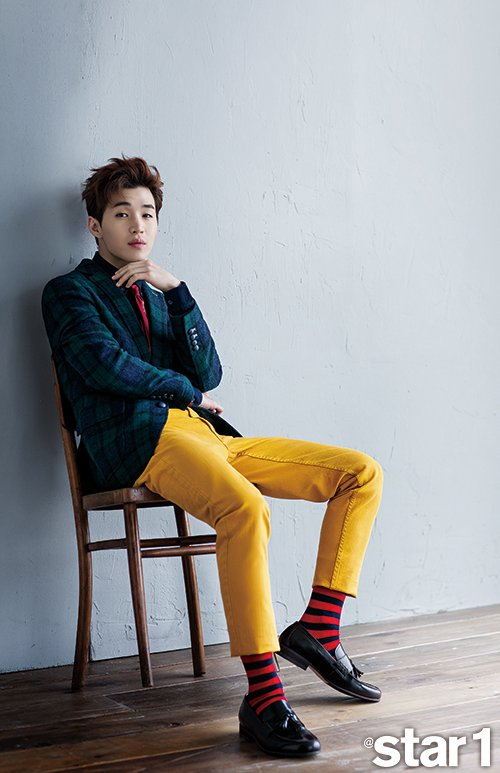 사진   Henry Lau  du groupe Super Junior  pour   Star1