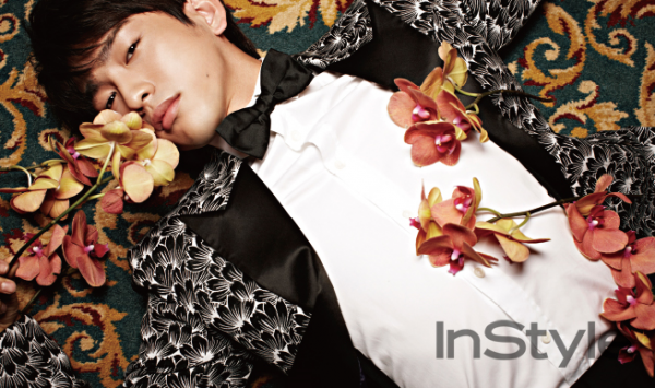 사진   Le membre Junior  du groupe GOT7 pose pour  le magazine  InStyle  , édition août 2015    갓세븐