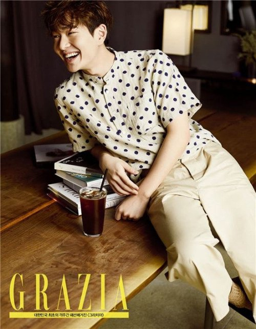 Lee Jinki (Onew), leader de SHINee, pose pour Grazia (avril 2016)