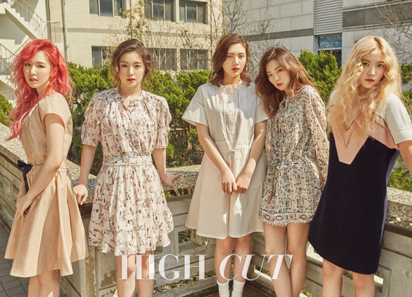 Le groupe Red Velvet pose pour Hight Cut vol. 171