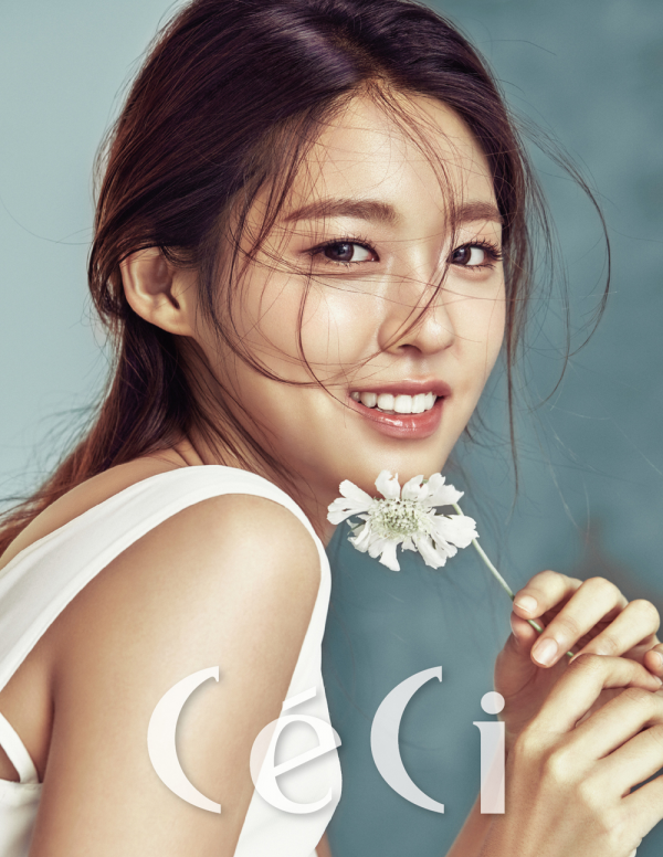 Seolhyun de AoA  pour CéCi, édition septembre 2016