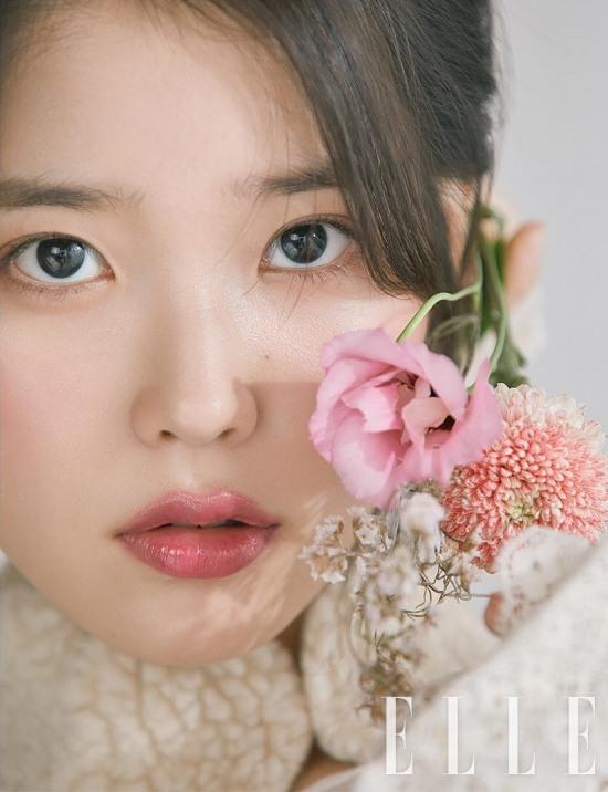 La chanteuse IU pour ELLE KOREA, édition octobre 2018