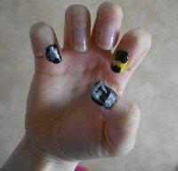 Tout le monde ne peux pas avoir les ongles de Lee Hong Ki..