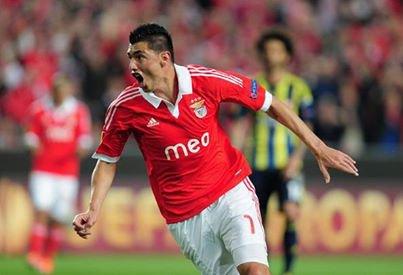 Oscar Cardozo rejoint le Fenerbahçe pour une somme de 12M¤
