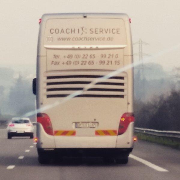 en dicretion de Paris sur l'autoroute, juste derriere le groupe.