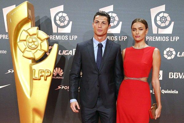 CR7 raffle tous les trophées en Espagne, en attendant le Ballon d'Or !