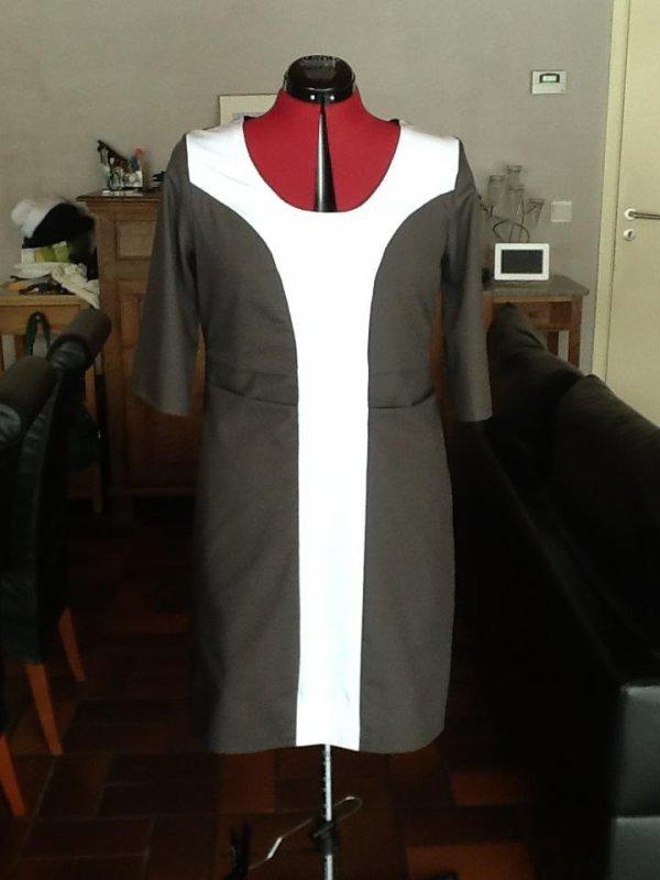 Première robe réalisée suivant un patron que j'ai créé de A à Z.