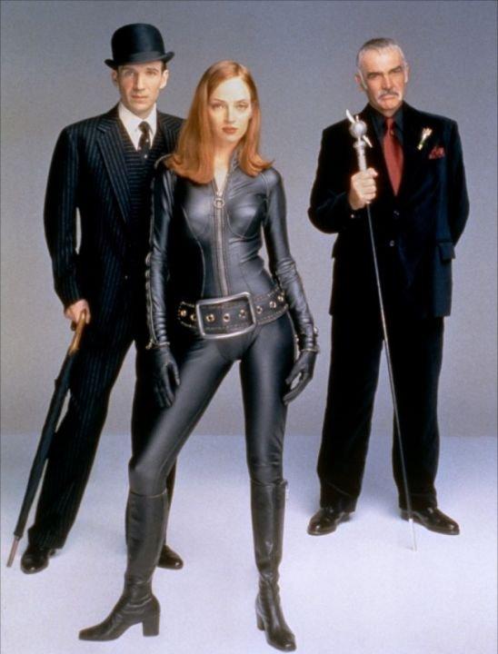 1998 on retrouve uma dans un autre costume celui de emma peel dans une reprise d 39 une s rie. Black Bedroom Furniture Sets. Home Design Ideas