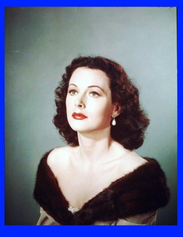 Hédy LAMARR, née le 9 Novembre 1913, décédée le 19 Janvier 2000
