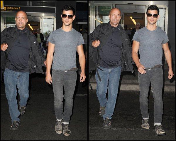 Candids - Taylor à NYC le 20 Septembre 2011