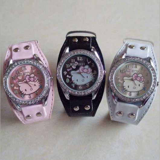 montre hello kitty au choix